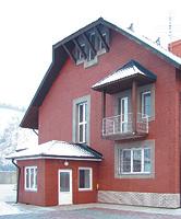 Дом, облицованный термопанелями с имитацией кипичной кладки